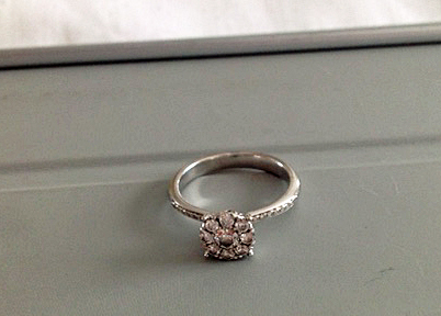 engagement ring diamond cluster