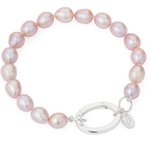 Beautiful freshwater pink pearls with oval silver clasp on this cultured pearl bracelet. Total length of pink rice pearls including sterling silver oval clasp 19cm.
